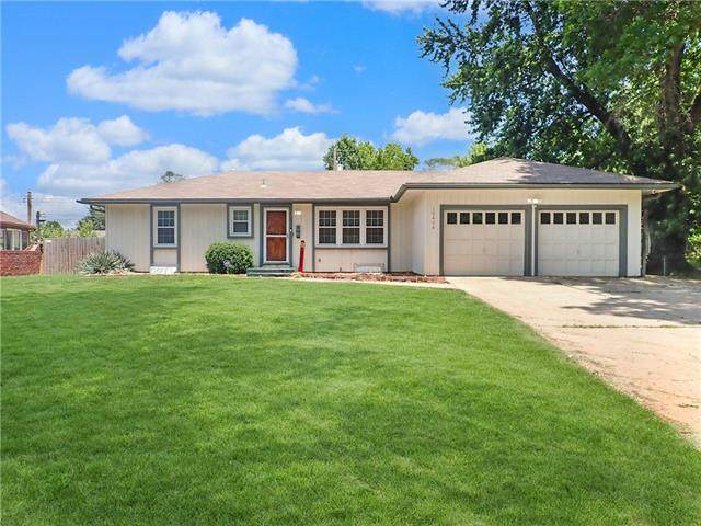 10408 E 79 TH Street, Raytown, MO 64138 (#2328422) :: Tradition Home Group | Better Homes and Gardens Kansas City