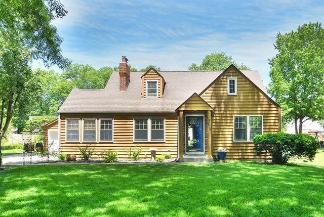 210 NE 83rd Street, Kansas City, MO 64118 (#2328454) :: Eric Craig Real Estate Team