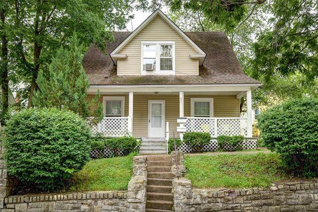 421 South Street, Excelsior Springs, MO 64024 (#2328456) :: Eric Craig Real Estate Team