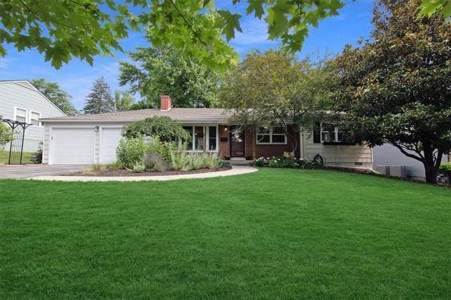 2516 W 51St Terrace, Westwood, KS 66205 (#2328461) :: Eric Craig Real Estate Team