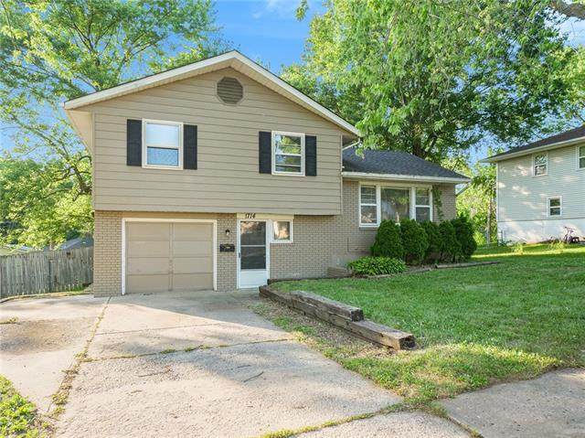 1714 N Pleasant Street, Independence, MO 64050 (#2328512) :: Tradition Home Group | Better Homes and Gardens Kansas City