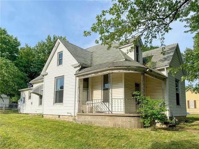 903 E 7th Street, Sedalia, MO 65301 (#2328521) :: Team Real Estate