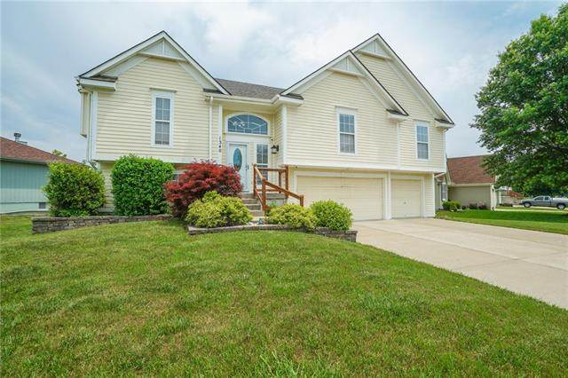 1340 SE Princeton Drive, Lee's Summit, MO 64081 (#2328613) :: Tradition Home Group | Better Homes and Gardens Kansas City