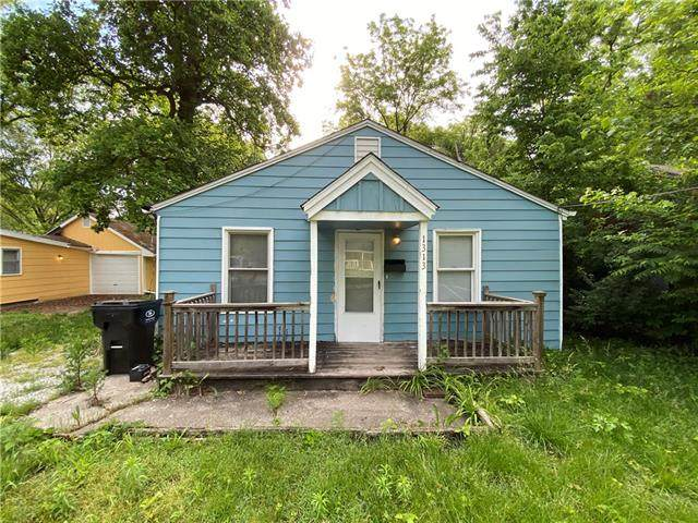 1313 S Pope Avenue, Independence, MO 64055 (#2328640) :: The Gunselman Team