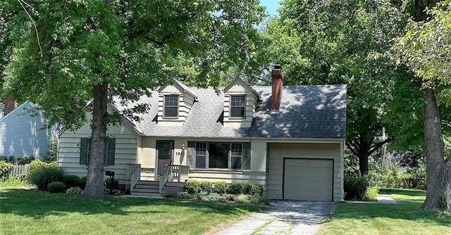 7943 Booth Street, Prairie Village, KS 66208 (#2328734) :: Ask Cathy Marketing Group, LLC