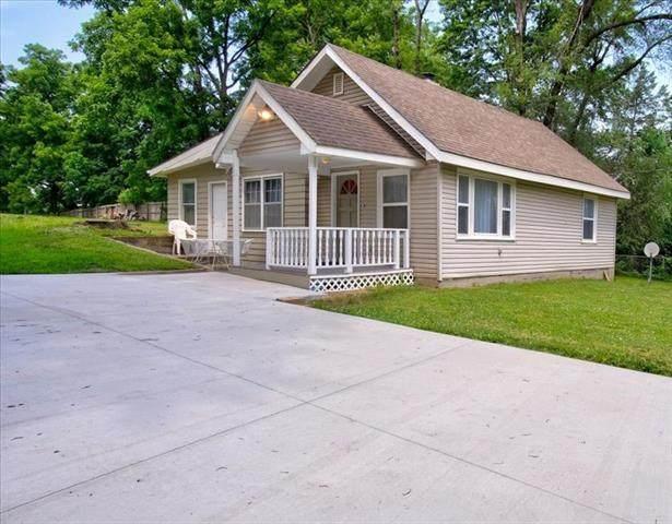 1414 N 40th Street, Kansas City, KS 66102 (#2328745) :: Eric Craig Real Estate Team