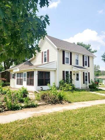 521 W 5th Street, Cameron, MO 64429 (#2328751) :: Eric Craig Real Estate Team