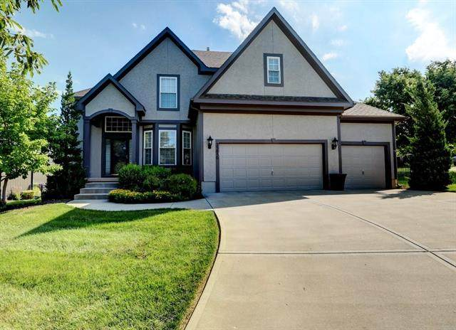 23850 W 125th Street, Olathe, KS 66061 (#2328795) :: Eric Craig Real Estate Team