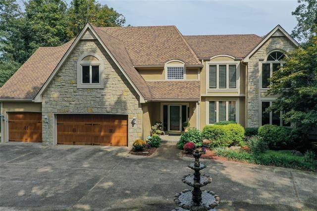 26000 E 99th Street, Lee's Summit, MO 64086 (MLS #2328798) :: Stone & Story Real Estate Group
