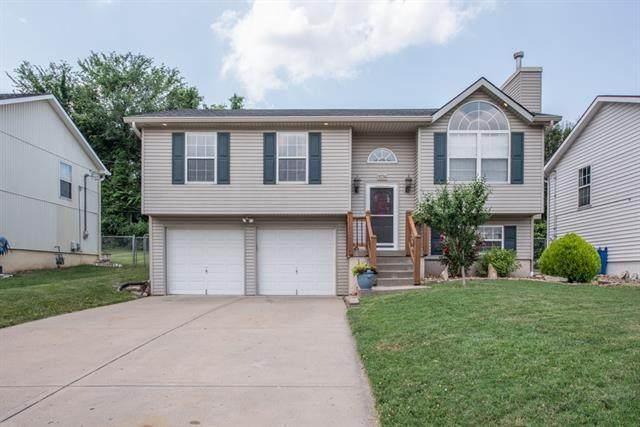 5734 NE Barnes Avenue, Kansas City, MO 64119 (#2328812) :: Five-Star Homes