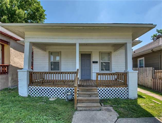 135 N Oakley Avenue, Kansas City, MO 64123 (#2328856) :: ReeceNichols Realtors