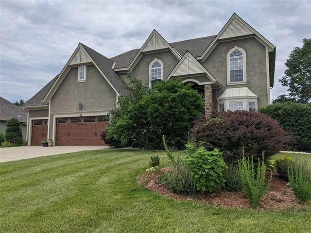 2500 SW Wintercreek Drive, Lee's Summit, MO 64081 (#2328951) :: Team Real Estate