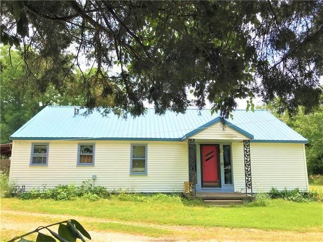 1431 S Margrave Street, Fort Scott, KS 66701 (#2328955) :: Team Real Estate