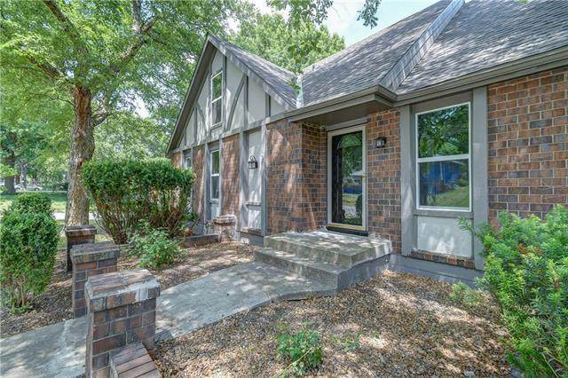 1504 SW 13th Street, Blue Springs, MO 64015 (#2328980) :: Ask Cathy Marketing Group, LLC