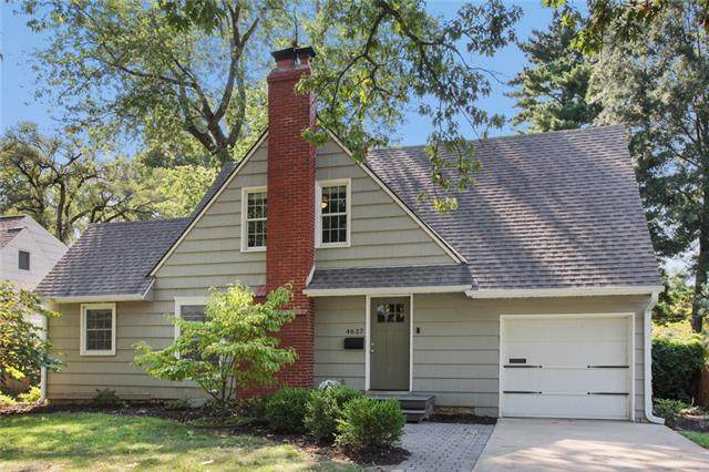 4637 W 70 Street, Prairie Village, KS 66208 (#2328991) :: Ron Henderson & Associates