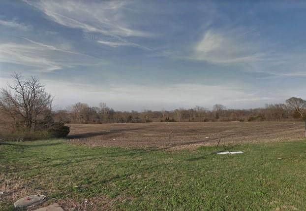 Roe Avenue, Leawood, KS 66209 (#2329294) :: Eric Craig Real Estate Team