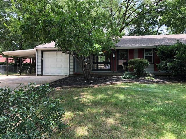 5521 N Wayne Avenue, Kansas City, MO 64118 (#2329301) :: Edie Waters Network