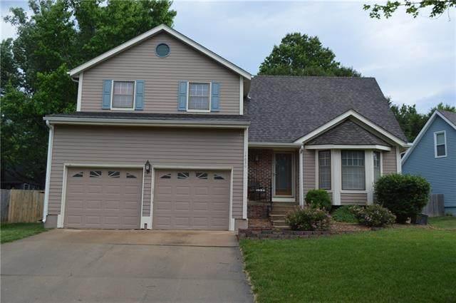 14630 W 85th Terrace, Lenexa, KS 66215 (MLS #2329449) :: Stone & Story Real Estate Group