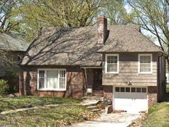 1330 E 78th Street, Kansas City, MO 64131 (#2329485) :: Ask Cathy Marketing Group, LLC