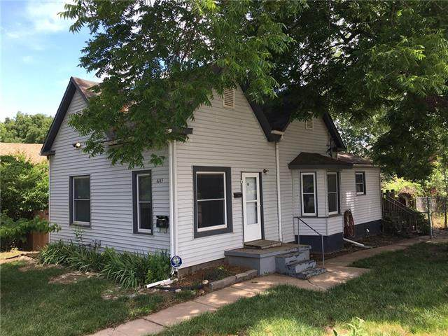 4145 Lloyd Street, Kansas City, KS 66103 (#2329521) :: Ron Henderson & Associates