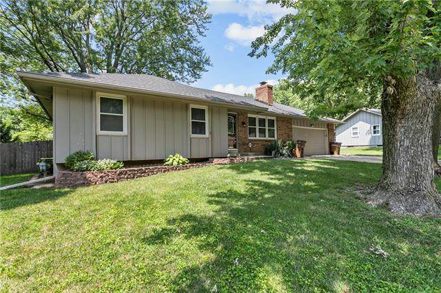 510 S Monroe Street, Raymore, MO 64083 (MLS #2329558) :: Stone & Story Real Estate Group