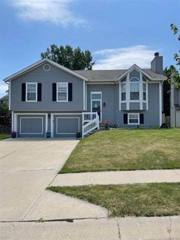 9731 NW 87th Terrace, Kansas City, MO 64153 (#2329597) :: Edie Waters Network