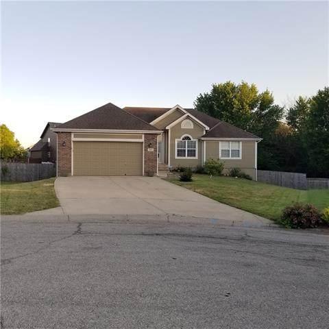 725 Moss Creek Drive, Raymore, MO 64083 (#2329632) :: Austin Home Team