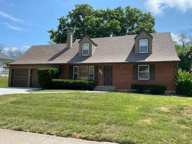 4823 NE Sherwood Drive, Kansas City, MO 64119 (#2329687) :: Audra Heller and Associates
