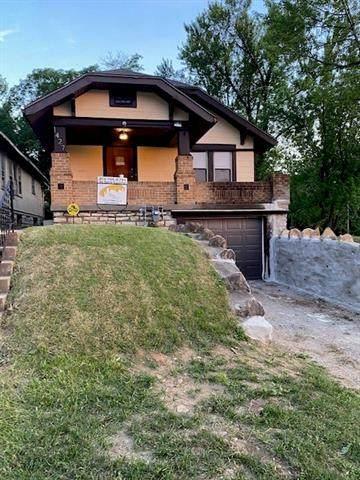 1427 E 49th Street, Kansas City, MO 64110 (#2329691) :: The Kedish Group at Keller Williams Realty