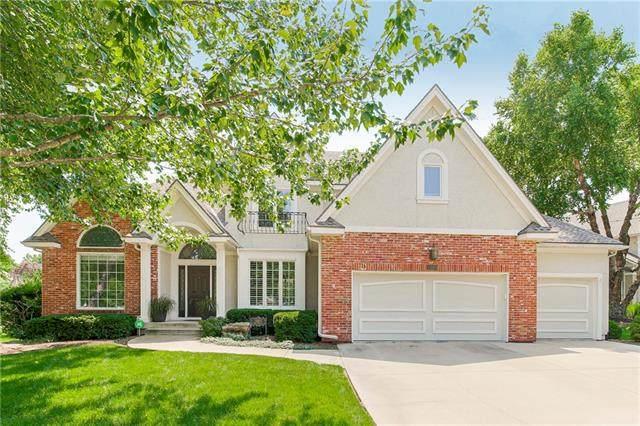 14003 W 74th Street, Shawnee, KS 66216 (#2329743) :: Austin Home Team
