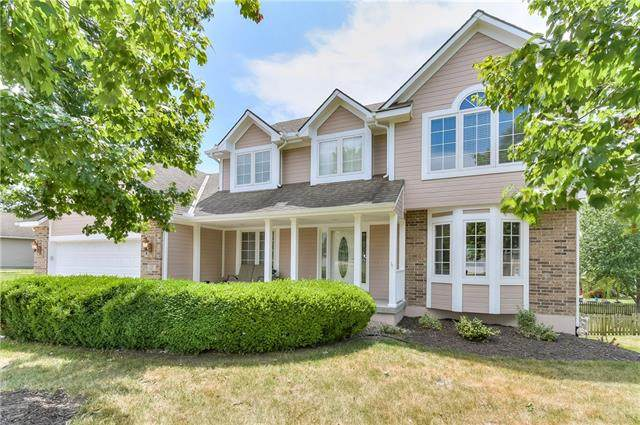 1820 Rosewood Drive, Grain Valley, MO 64029 (#2329875) :: The Rucker Group