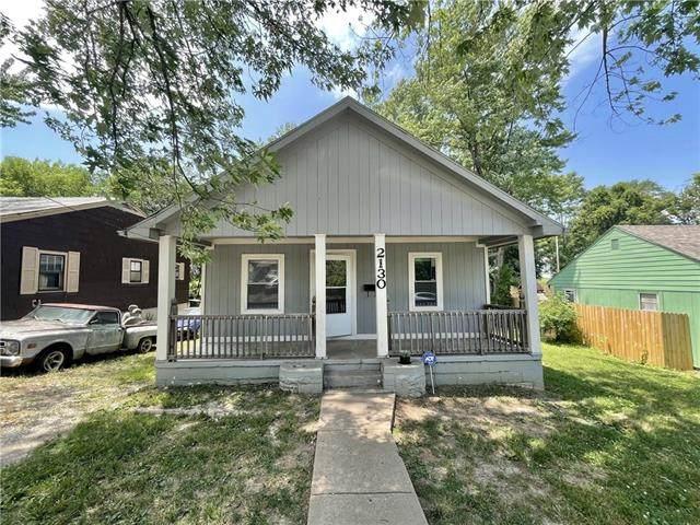 2130 N 32nd Street, Kansas City, KS 66104 (#2329891) :: Austin Home Team