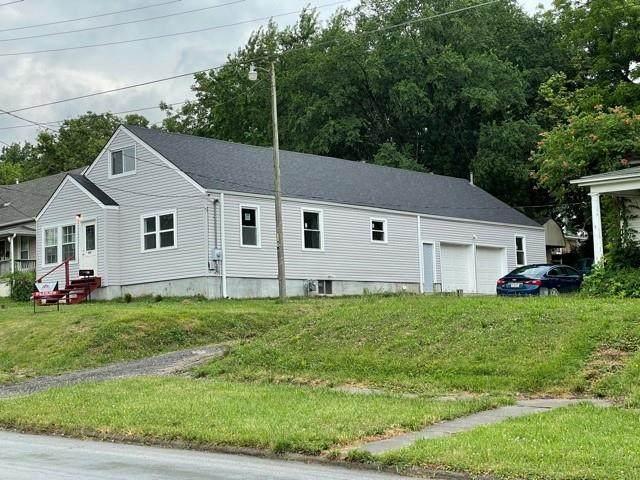 400 S Shaw Street, Richmond, MO 64085 (#2330166) :: Austin Home Team