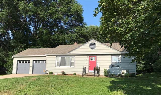 7919 James A Reed Road, Kansas City, MO 64138 (#2330202) :: Audra Heller and Associates