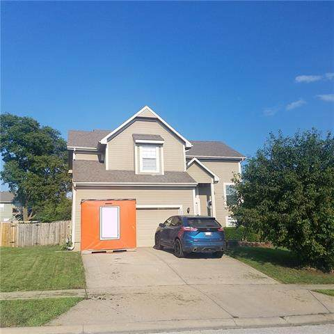 1503 N 133rd Terrace, Kansas City, KS 66109 (#2330262) :: The Kedish Group at Keller Williams Realty