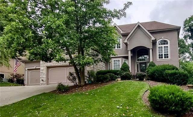 6128 S National Drive, Parkville, MO 64152 (#2330411) :: Audra Heller and Associates