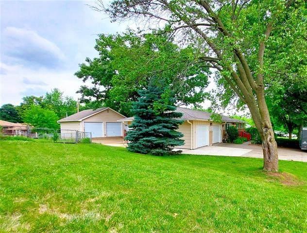 1508 Lake Road, Liberty, MO 64068 (#2330670) :: Audra Heller and Associates