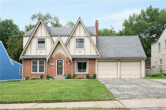 8020 Holmes Road, Kansas City, MO 64131 (#2330687) :: Edie Waters Network