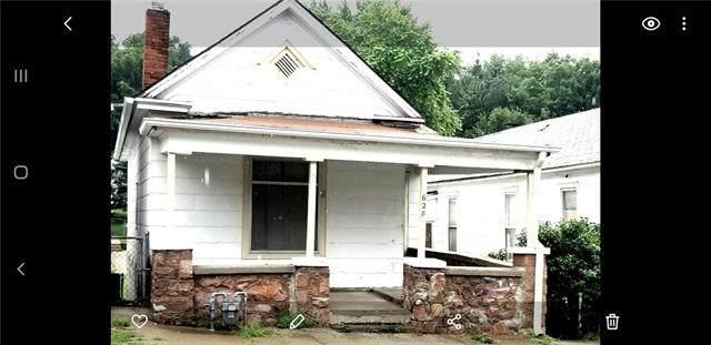 628 Powell Street, St Joseph, MO 64501 (#2330761) :: Eric Craig Real Estate Team