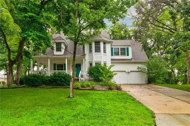 3211 N 110TH Street, Kansas City, KS 66109 (#2330844) :: Austin Home Team