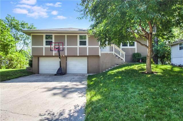 1607 SE High Drive, Oak Grove, MO 64075 (#2330912) :: Audra Heller and Associates