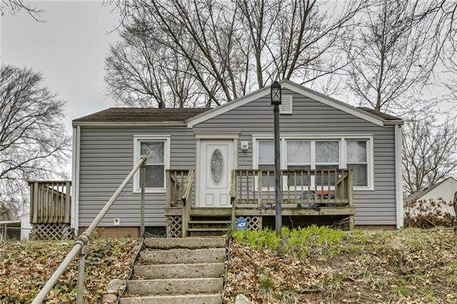 1114 Dakota Street, Leavenworth, KS 66048 (#2331091) :: Eric Craig Real Estate Team