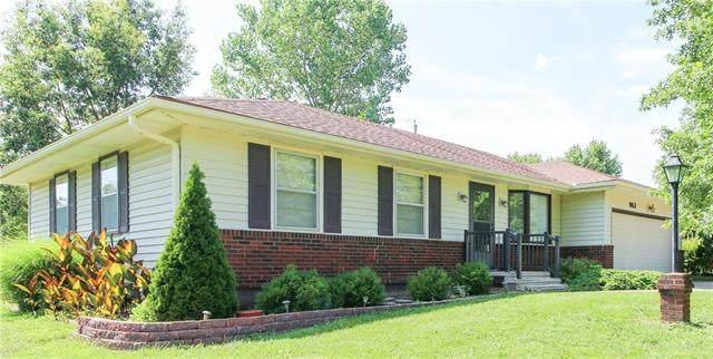 913 Ridge Drive, Warrensburg, MO 64093 (#2331153) :: The Kedish Group at Keller Williams Realty