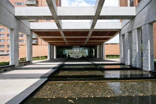 121 W 48th Street  #605 N/A, Kansas City, MO 64112 (MLS #2331212) :: Stone & Story Real Estate Group