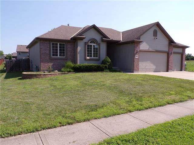 1803 Alpine Drive, Pleasant Hill, MO 64080 (#2331262) :: Austin Home Team