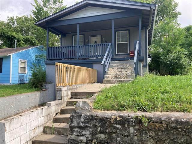 5625 Paloma Avenue, Kansas City, MO 64128 (#2331300) :: Tradition Home Group | Compass Realty Group