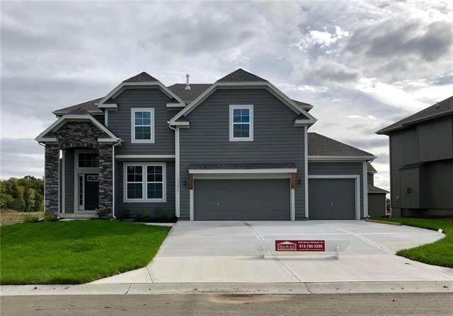 16580 S Stagecoach Street, Olathe, KS 66062 (#2331482) :: Eric Craig Real Estate Team