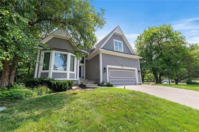 20347 W 98th Court, Lenexa, KS 66220 (#2331530) :: Eric Craig Real Estate Team