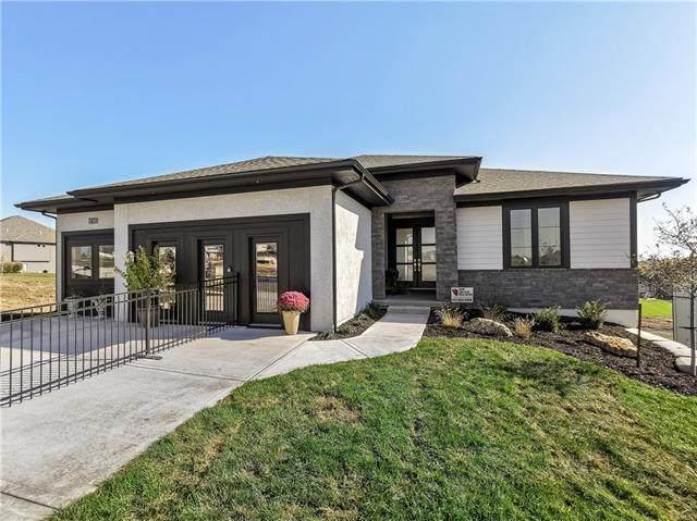 7039 N London Avenue, Kansas City, MO 64151 (#2331609) :: Five-Star Homes