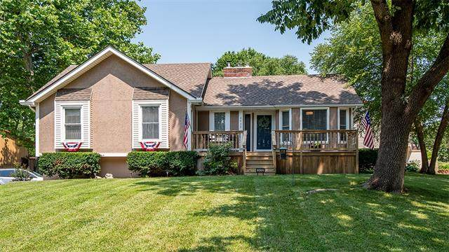 2432 Viking Drive, Independence, MO 64057 (#2331686) :: The Rucker Group